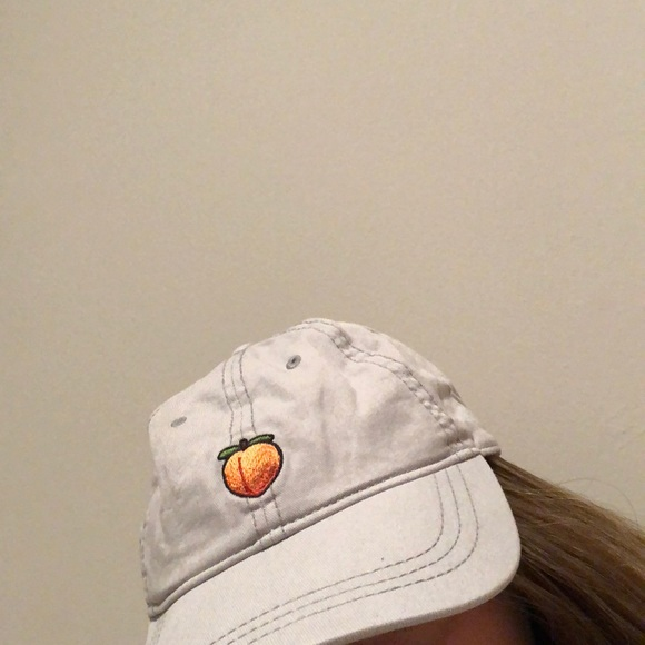 7afc96b0514e6 American Eagle Outfitters Accessories - KEEPIN IT PEACHY DAD HAT